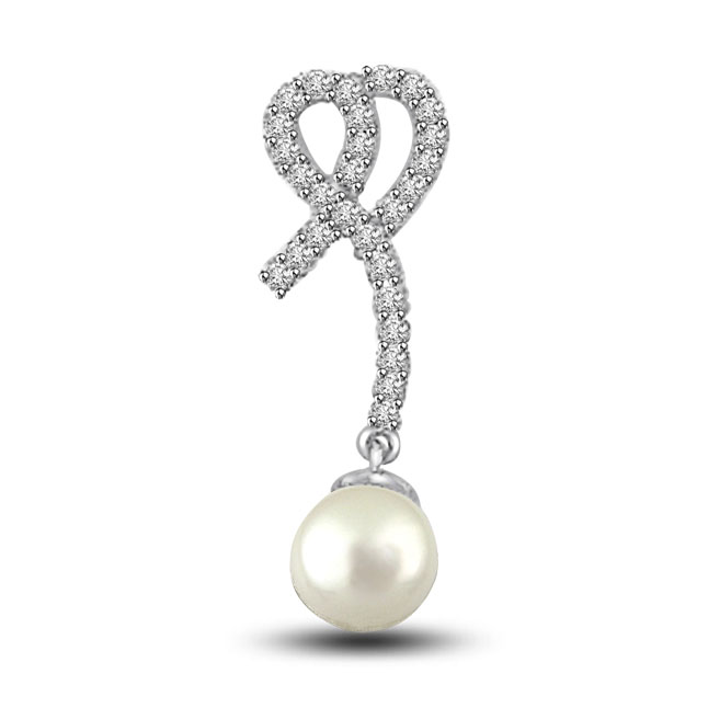 Precious Royal Pearl & Diamonds Pendants -Flower Shape Pendants