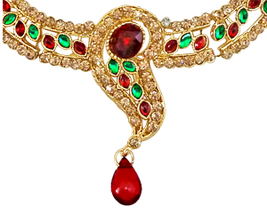 A Dazzling Red & Green Kundan Necklace Earrings