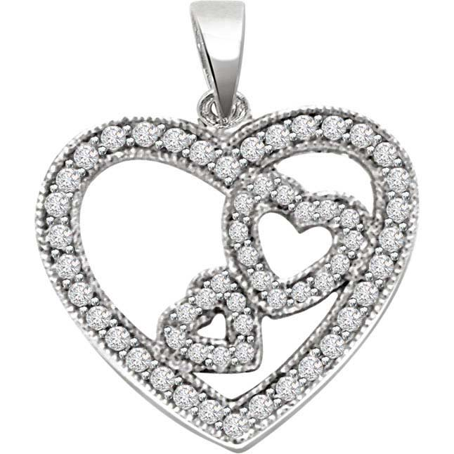 Queen Of Heart Diamond Pendants