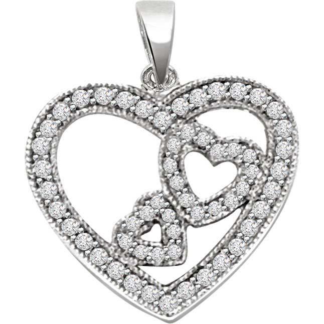 Queen Of Heart Diamond Pendants