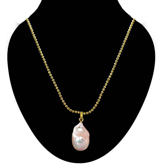 Real Pearl Pendants with Gold Plated Chain