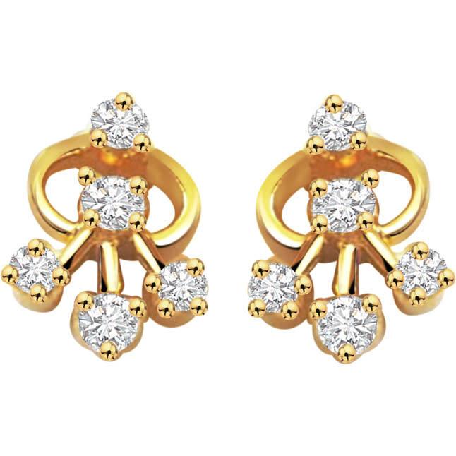 Graceful Gleaming Diamond Earrings -Designer Earrings