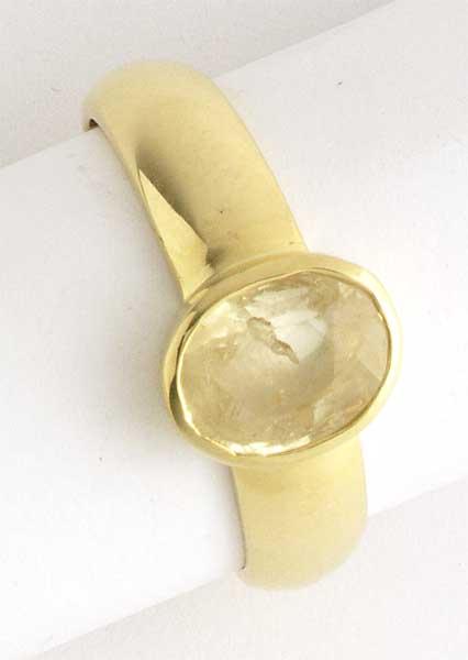 Scintillating Yellow Sapphire -Navratna+Gemstone