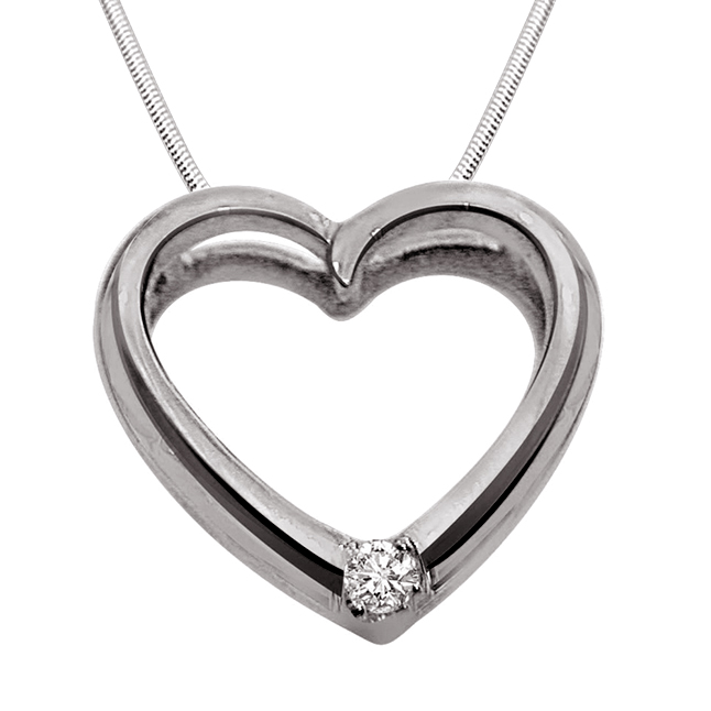 "Queen of Heart -Real Diamond & Sterling Silver Pendants with 18"" Chain"