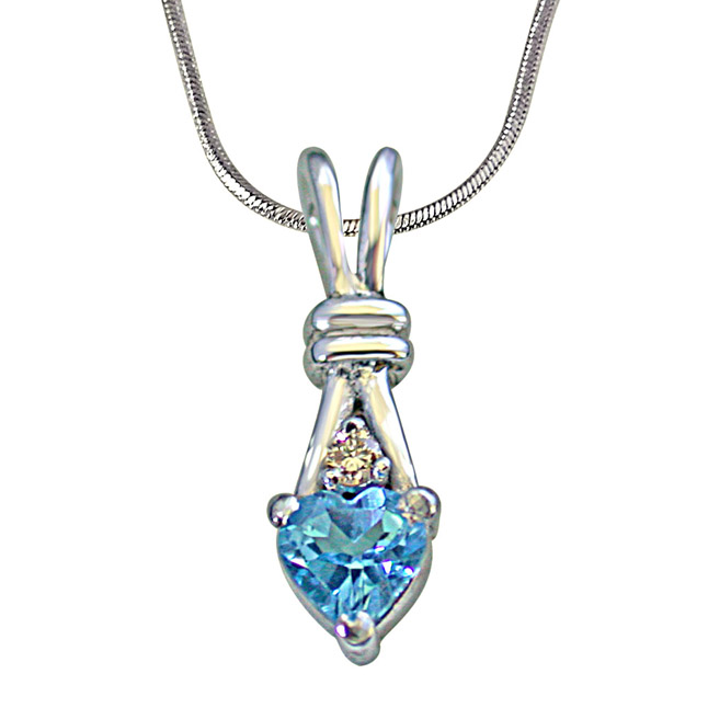 "Single Diamond Set with Heart Shape Swiss Blue Topaz 925 Silver Pendants with 18"" Chain"