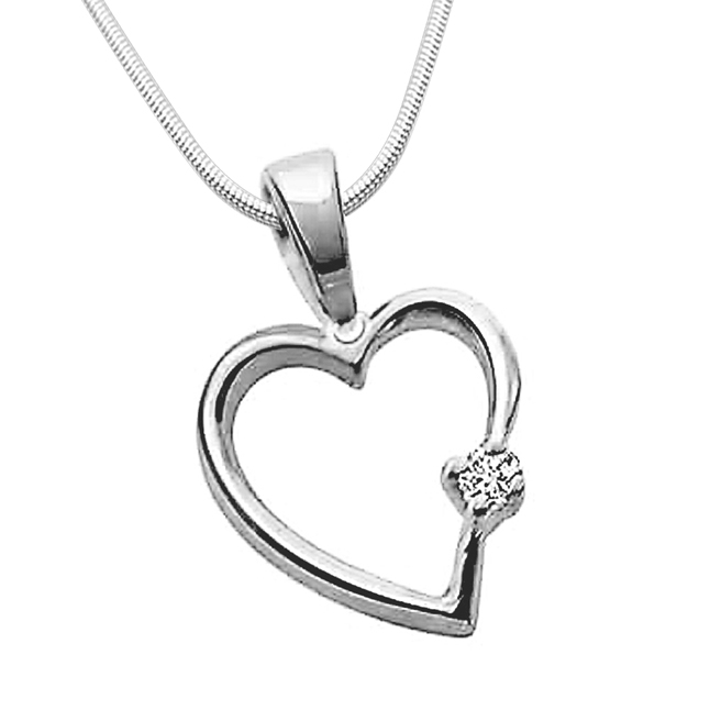 "Simple Heart -Real Diamond & Sterling Silver Pendants with 18"" Chain"