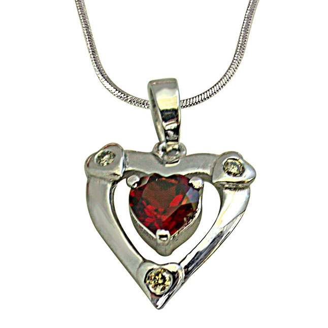 "Past Present n Future 3 Diamond in 925 Silver with Heart Shape Garnet Pendants with 18"" Chain"