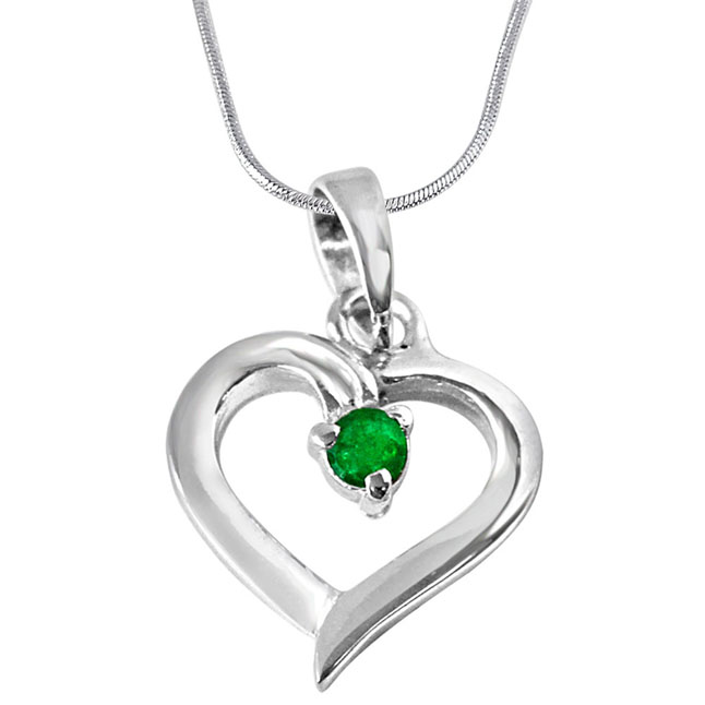 Splendid Surprise Green Emerald & Sterling Silver Pendant with 18 IN Chain