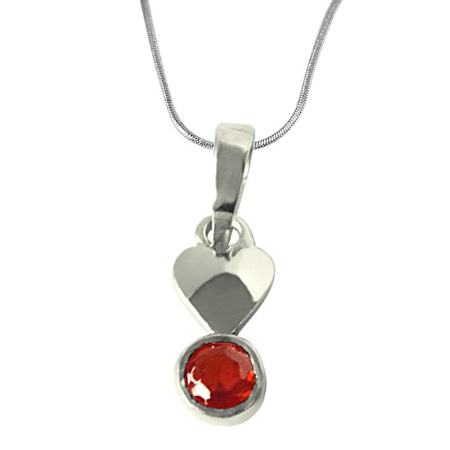 Garnet Pendant set in Sterling Silver with 18 IN Chain
