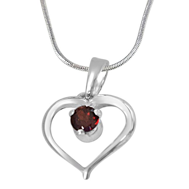 Memories of My Life Heart Shaped Red Garnet & Sterling Silver Pendant with 18 IN Chain