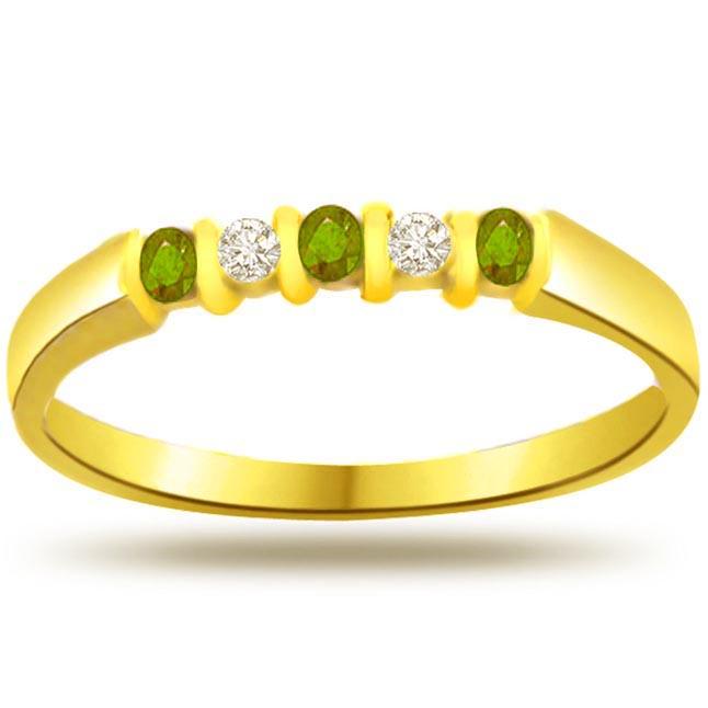 Glitter n Glitter 0.05ct Diamond & Emerald Gold rings -Diamond & Emerald