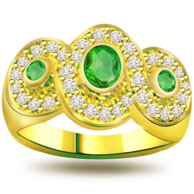 3 Big Stars on Bride's Finger 0.32Ct Diamond & Emerald rings SDR1118 -Diamond & Emerald