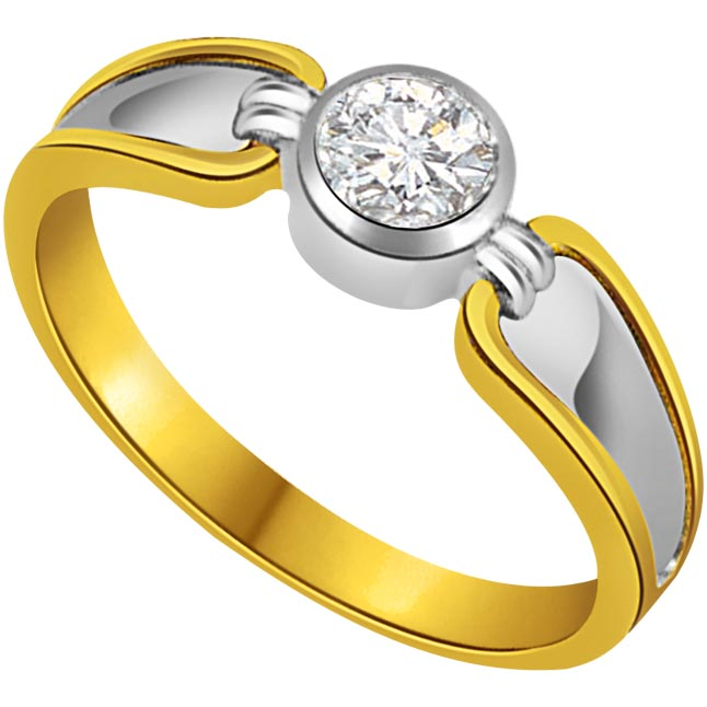 0.08 cts Two Tone Diamond Solitaire 18K Engagement rings