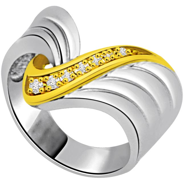 0.10 cts Fancy Diamond Two Tone 18K rings