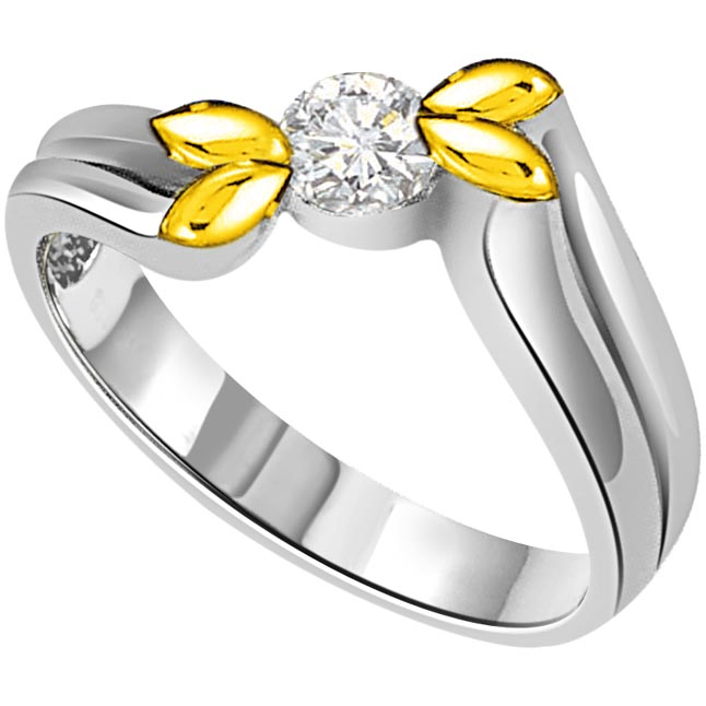 Four Leaves & Solitaire Diamond Two Tone 18K rings
