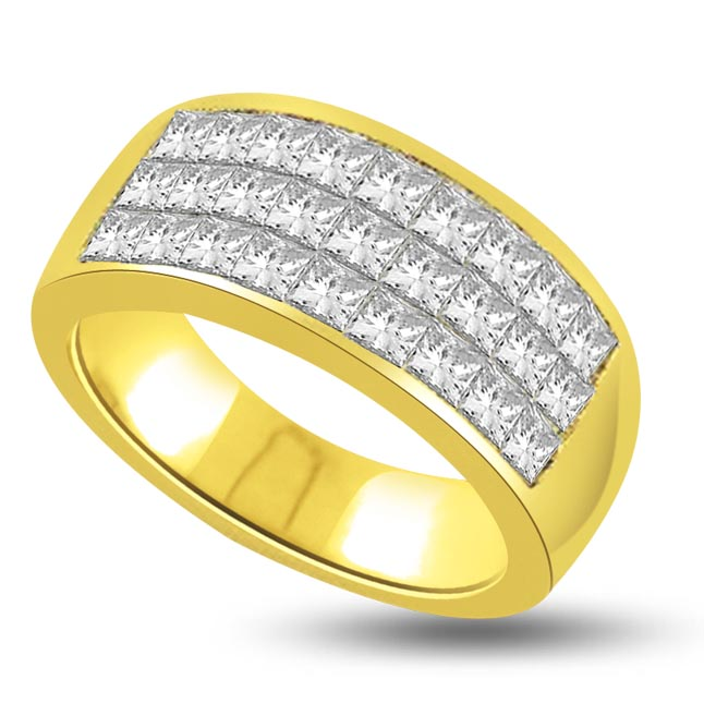 1.00 cts Princess Diamond rings In 18K Gold