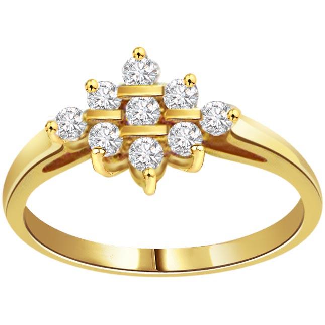 Flowery Bow 0.81 ct Flower Shape Diamond rings