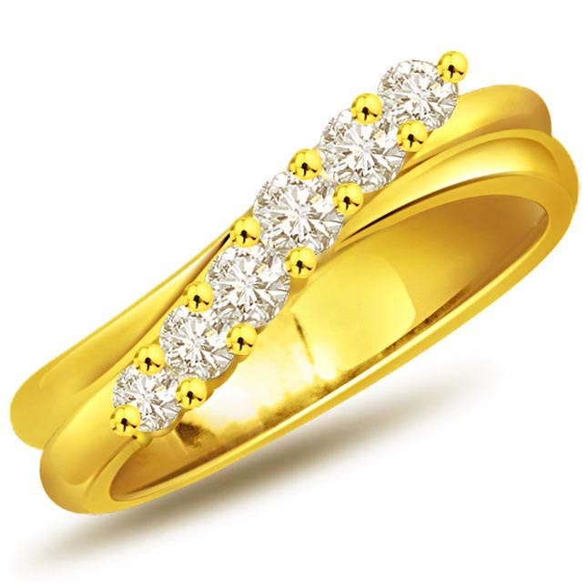 Twinkie Twist Fine Diamond 0.90 ct Eterntiy rings -Yellow Gold Eternity rings
