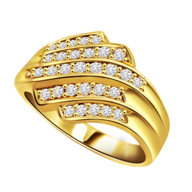 Golden Majestic 1.00 ct Brilliant Diamond rings
