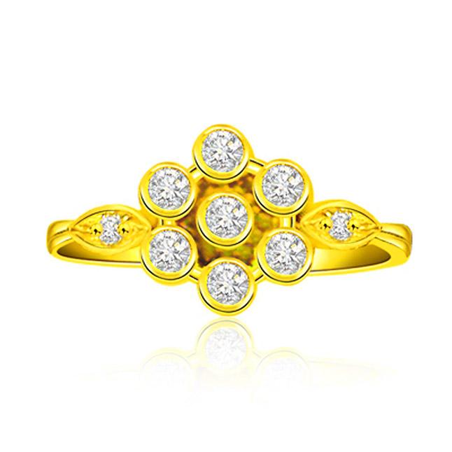 Sunflorista 0.23 ct Floral Pattern Diamond rings