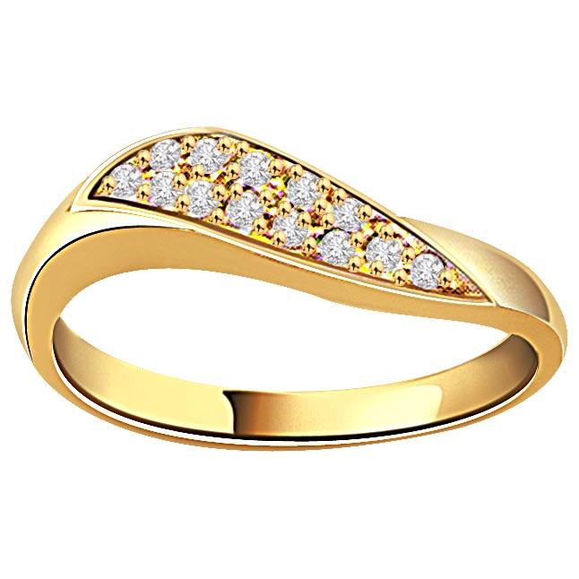 0.20ct Diamond 18kt Gold rings