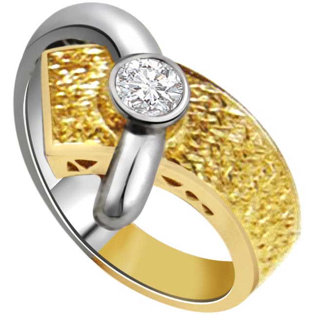 0.10ct Diamond Classic Solitaire Two Tone 18kt Gold rings