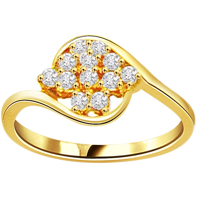 0.60ct Diamond Flower Shape 18kt Gold rings