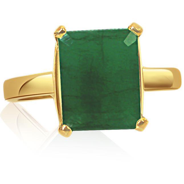 Glistening Emerald Elegance -Solitaire rings