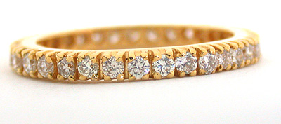 A Real Feeling -Yellow Gold Eternity rings