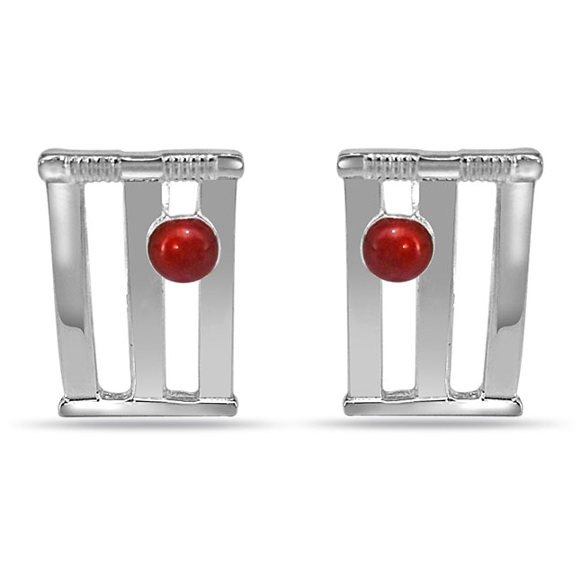 Cricket Stumps and Ball Cufflinks in Sterling Silver for Men (SDS140)