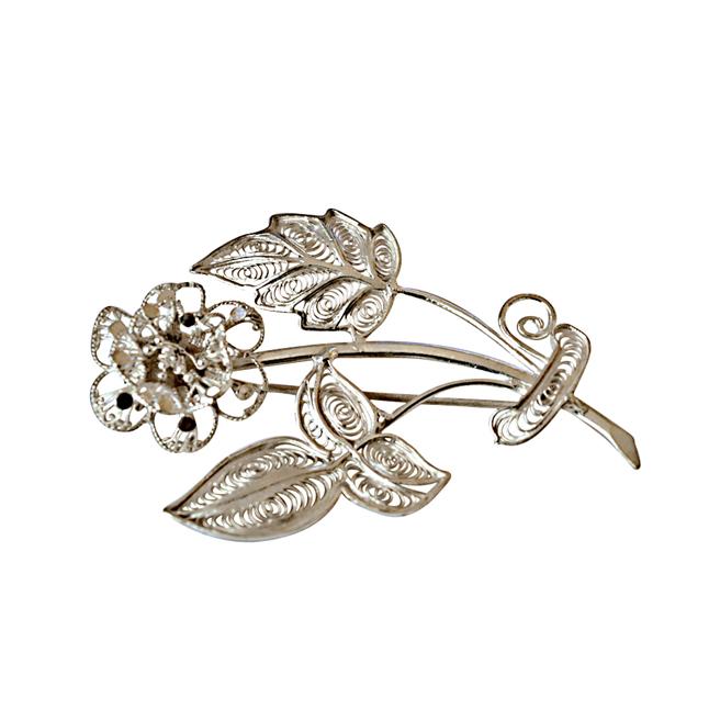 Flower Shaped Silver Filigree Brooch for Women s