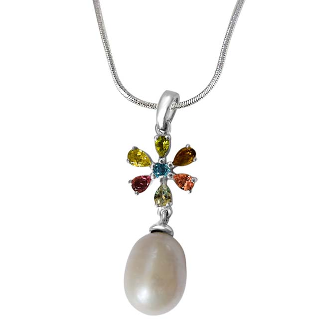 Flower Shaped Real Freshwater Pearl & Gemstone Pendants with 18IN Chain