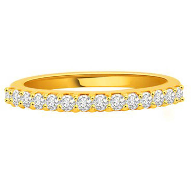 She's Perfect Diamond Ring in 18kt Gold