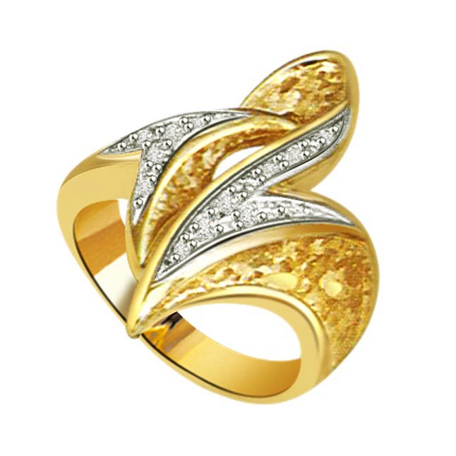 Shiny Look 0.20 ct Diamond Classic rings -White Yellow Gold rings