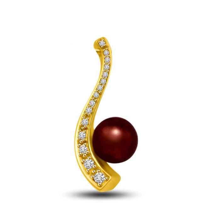 Signature Diamond Shell Pearl Pendants in 18kt gold -Designer Pendants