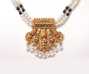 Traditional Delight -Pendants Necklace