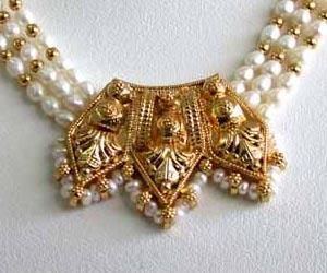 Allure -Pendants Necklace