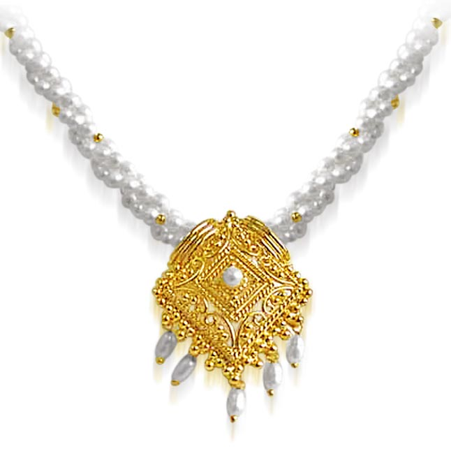 Tantalizing Beauty -Pendants Necklace