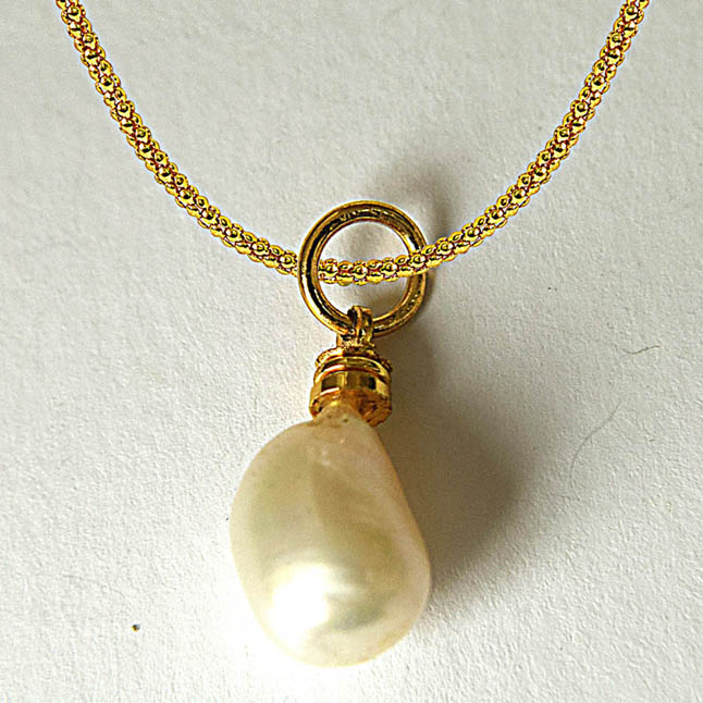 7.50ct Real Natural Tear Drop Freshwater Pearl Pendants with Gold Plated Chain