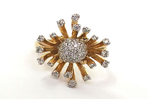 Sunflower Madness 0.60 ct Diamond Flower Shape rings