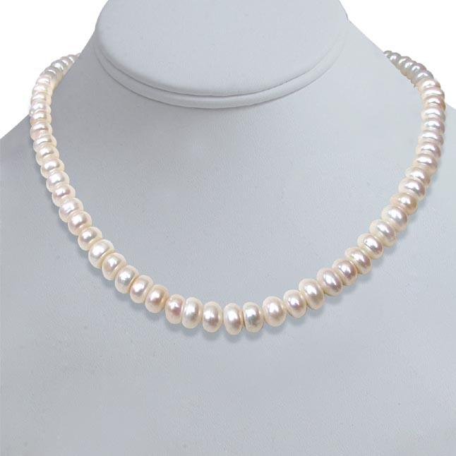 Sweet n Single Line Pearl Necklace -Single Line