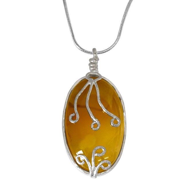 "Trendy Light Yellow Shaded Oval Shaped Agate & Silver Plated Pendants with 18"" chain -Agate Pendants + Chain"