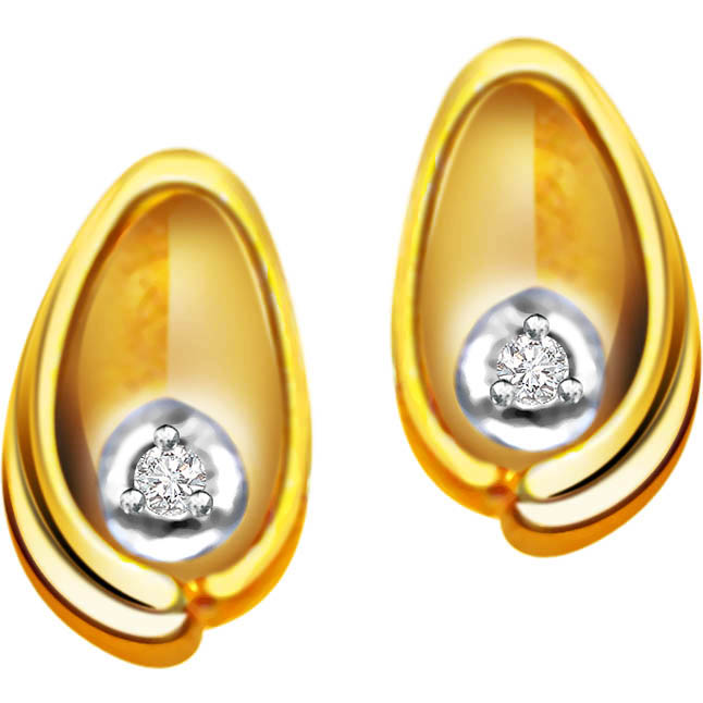 Twinkling Pearls -Solitaire Earrings