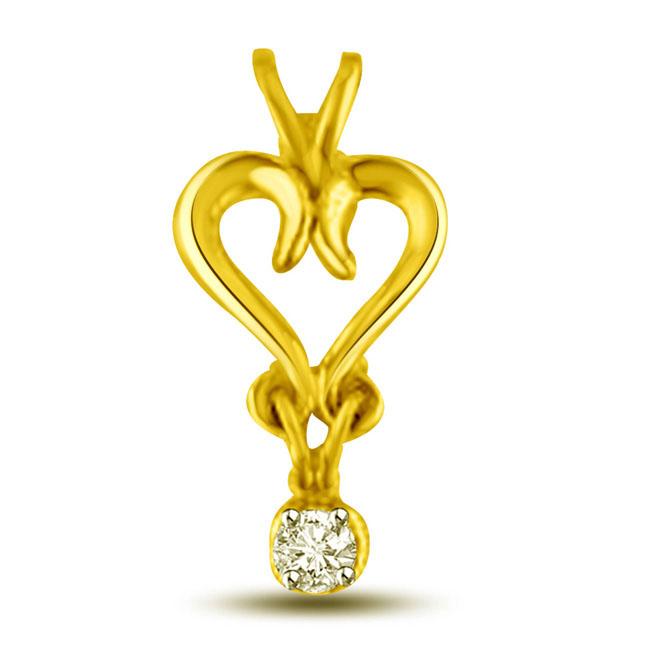 Twirly Hearts 0.06 cts Heart Shape Gold Diamond Pendants