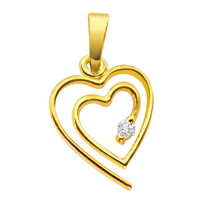 Very Chic Look Diamond Heart Pendants