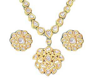 Vill i Type Rose Cut Diamond Pendants -Meenakari Jadtar